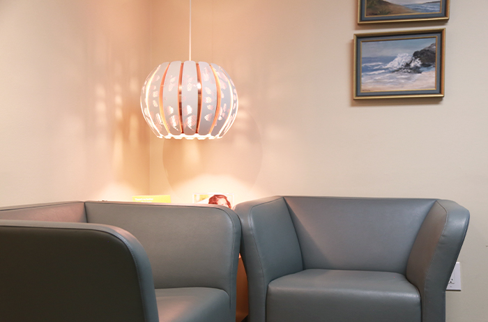 comfortable dental waiting room chairs